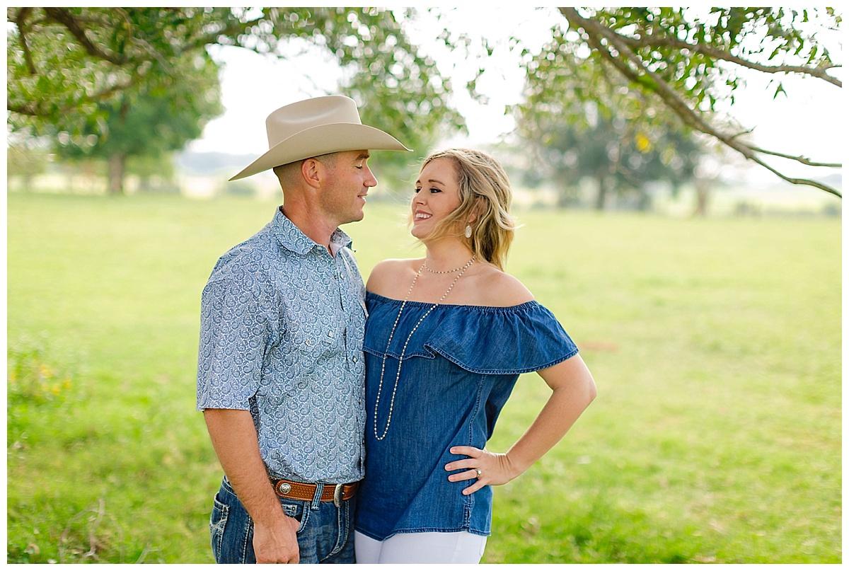 Carly-Barton-Photography-San-Antonio-Texas-Hill-Country-Fall-Heubaum_0032