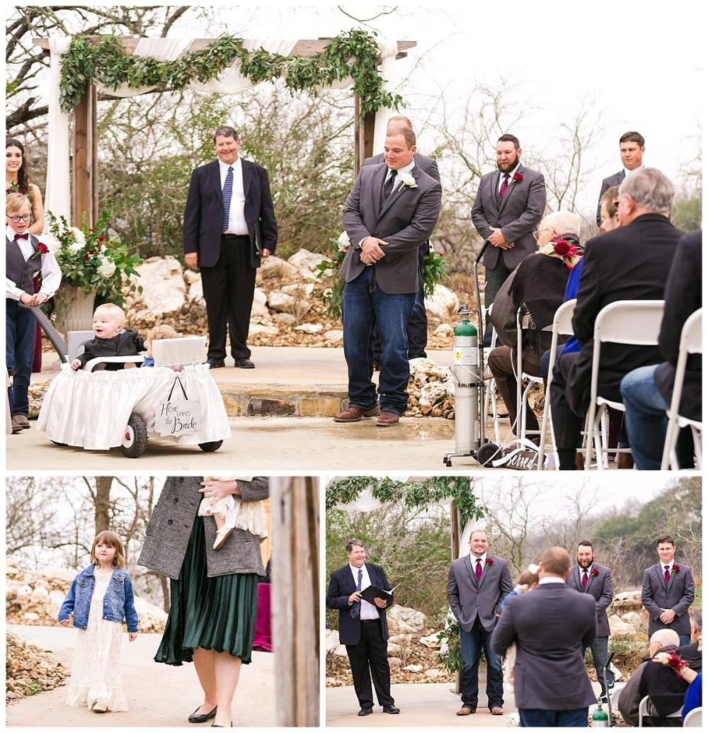 Carly-Barton-Photography-Geronimo-Oaks-Wedding-Venue-Texas-Hill-Country-Ronnie-Sarah_0094.jpg