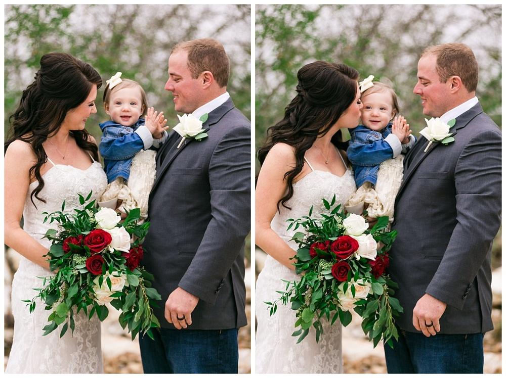 Carly-Barton-Photography-Geronimo-Oaks-Wedding-Venue-Texas-Hill-Country-Ronnie-Sarah_0106.jpg