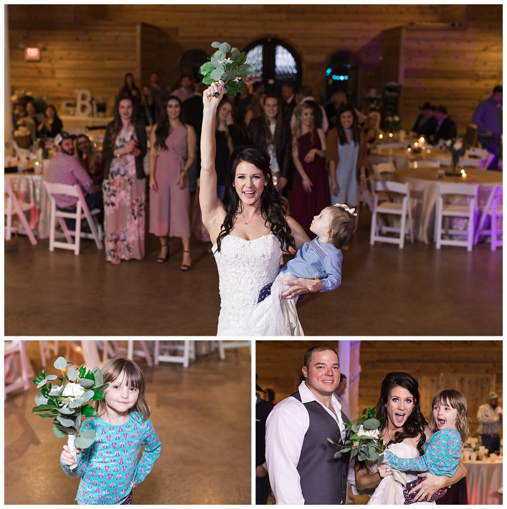 Carly-Barton-Photography-Geronimo-Oaks-Wedding-Venue-Texas-Hill-Country-Ronnie-Sarah_0125.jpg