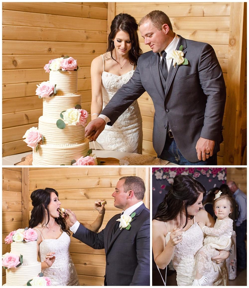 Carly-Barton-Photography-Geronimo-Oaks-Wedding-Venue-Texas-Hill-Country-Ronnie-Sarah_0131.jpg