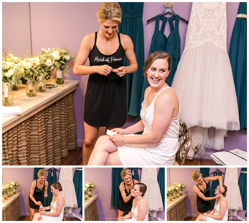 Carly-Barton-Photography-Wedding-Photos-Granberry-Hills-Event-Facility-Ryan-Chelsea-San-Antonio-Texas_0010