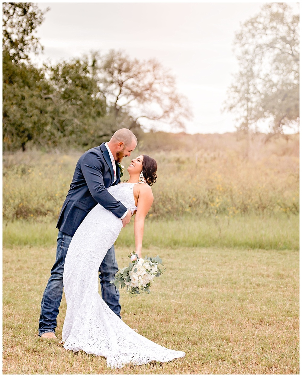 South-Texas-Wedding-Photographer-Rose-Gold-and-Navy-Theme-LaVernia-Bride-Groom-Carly-Barton-Photography_0072