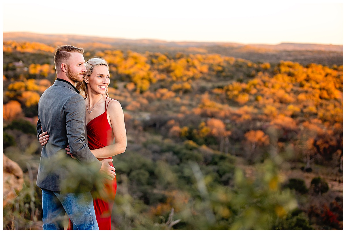South-Texas-Wedding-Photographer-Engagement-Photos-Enchanted-Rock-Fredericksburg-Sunset-Couples-Carly-Barton-Photography_0015.jpg