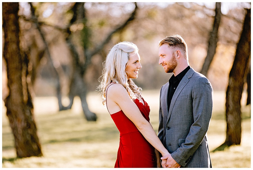 South-Texas-Wedding-Photographer-Engagement-Photos-Enchanted-Rock-Fredericksburg-Sunset-Couples-Carly-Barton-Photography_0018.jpg