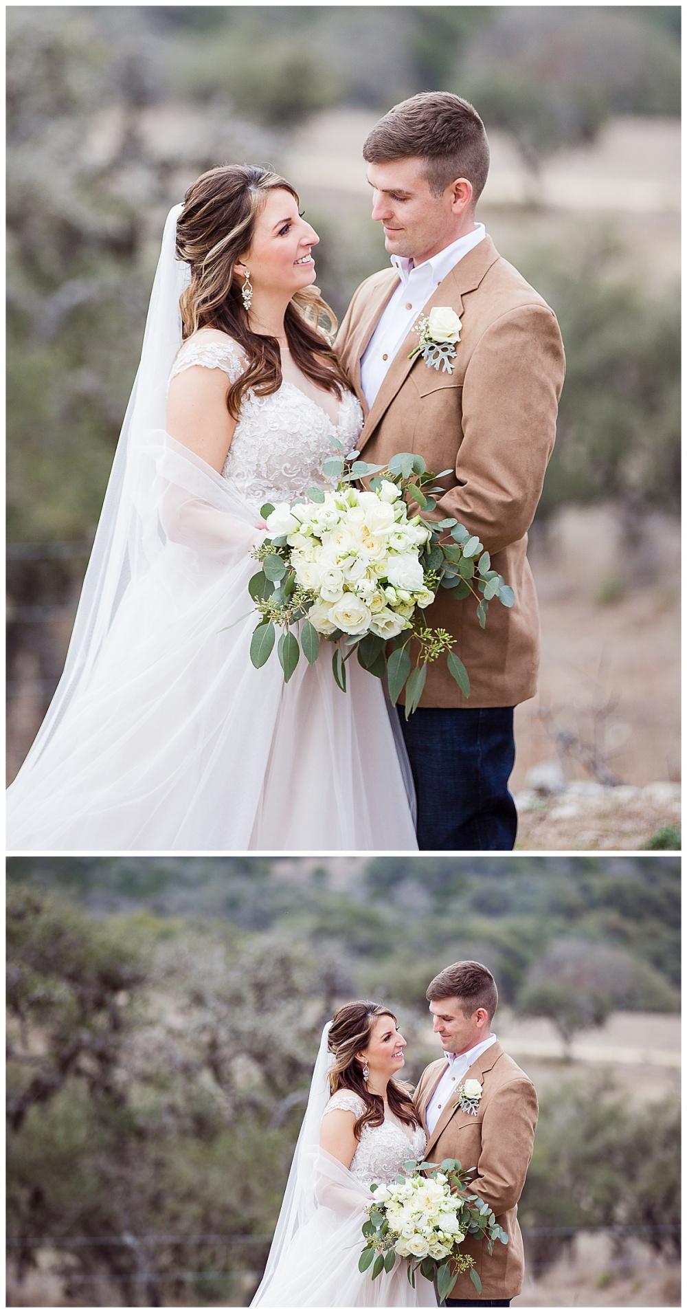 Wedding-Photographer-Texas-Hill-Country-Happy-H-Ranch-Comfor-Texas-Carly-Barton-Photography_0054.jpg
