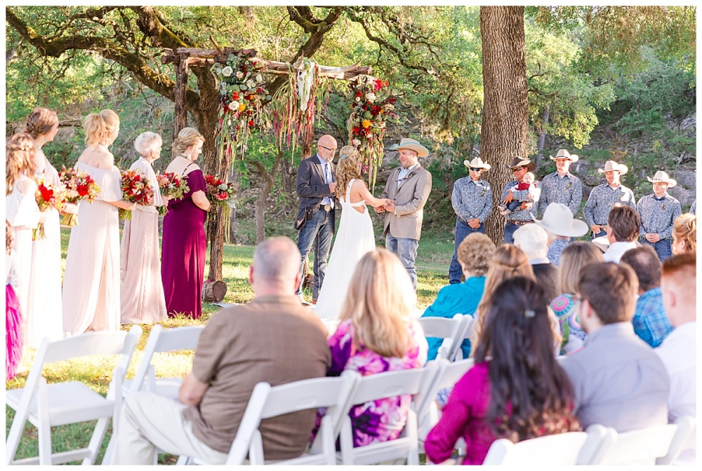 Eagle-Dancer-Ranch-Boerne-Texas-Wedding-Party-Barn-Carly-Barton-Photography_0055.jpg