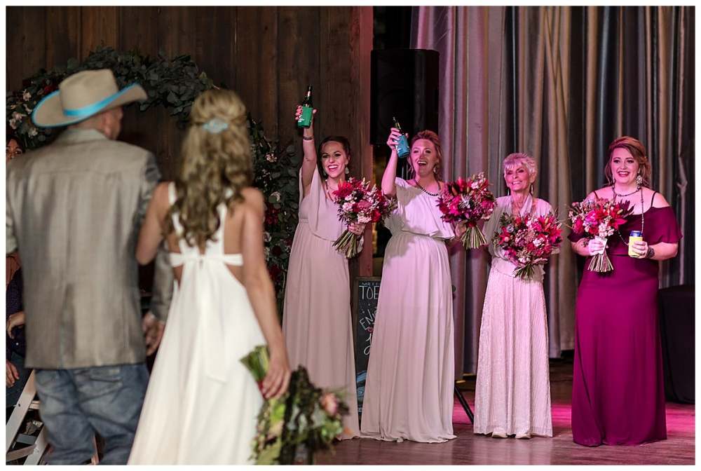 Eagle-Dancer-Ranch-Boerne-Texas-Wedding-Party-Barn-Carly-Barton-Photography_0070.jpg