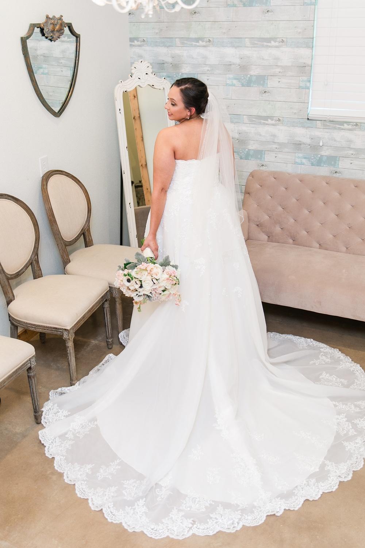 Wedding-Photographer-Bulverde-Texas-Western-Sky-Event-Venue-Carly-Barton-Photography_0024.jpg
