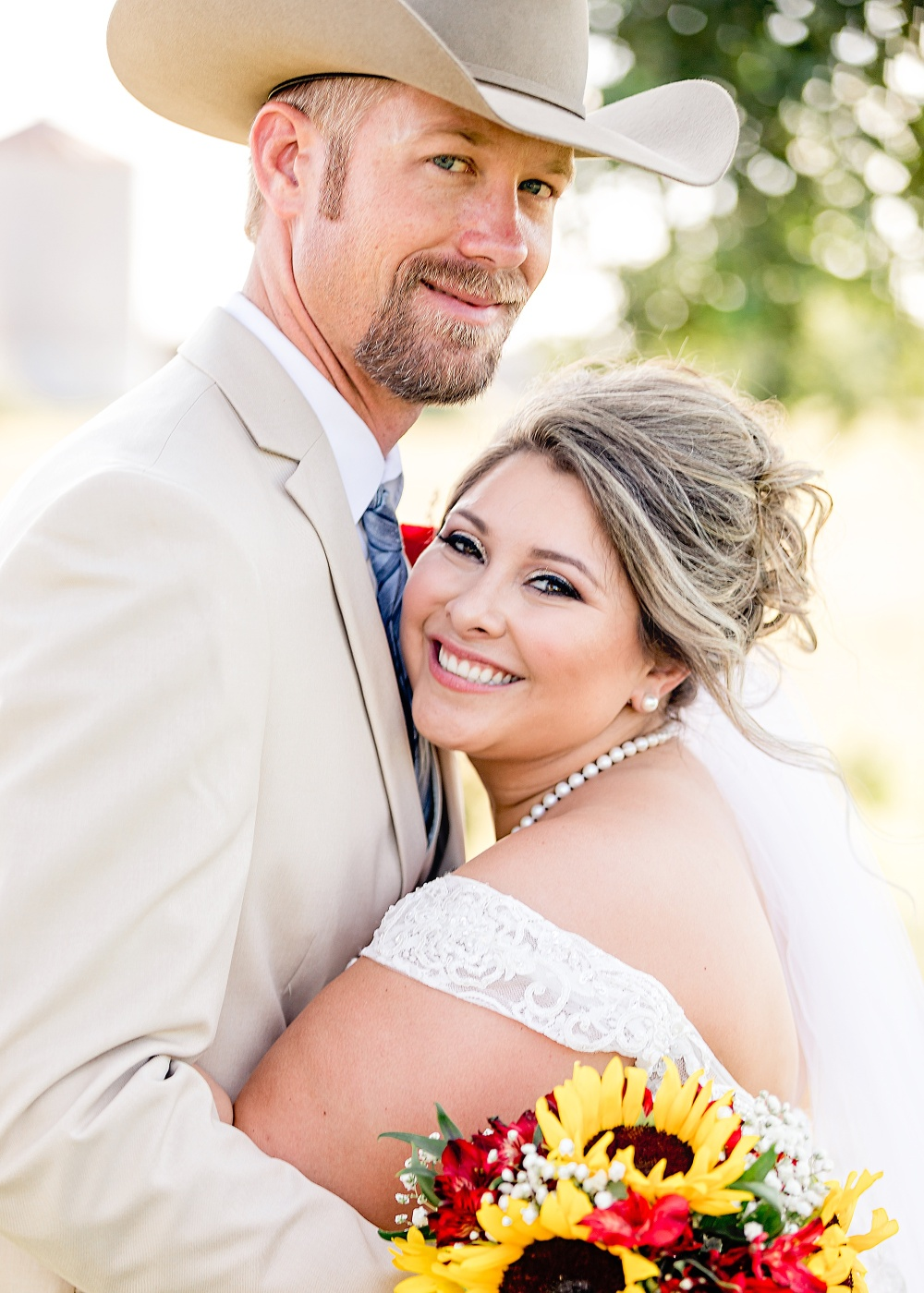 Wedding-Photographer-Rustic-Sunflower-theme-Texas-Carly-Barton-Photography_0116.jpg