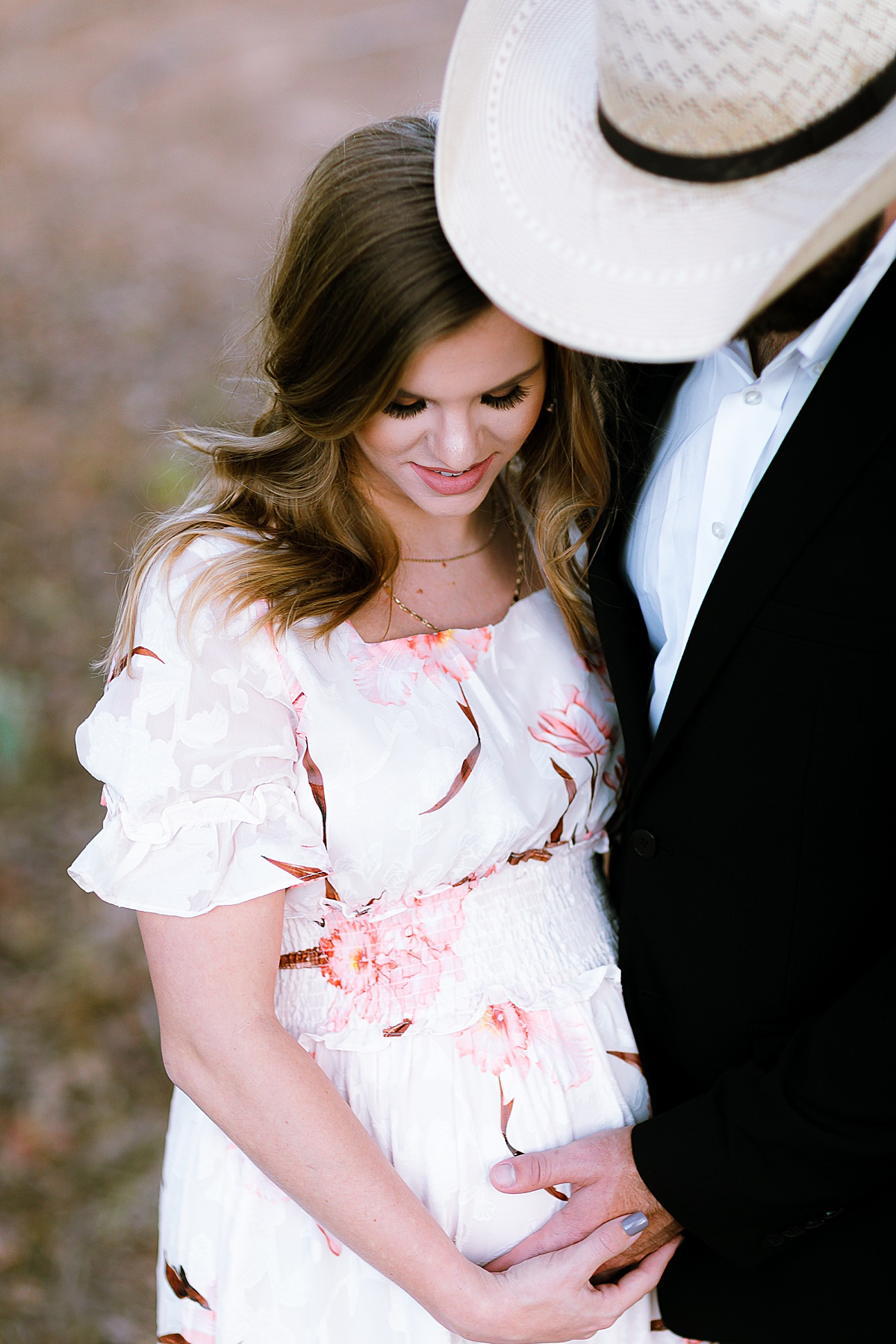 maternity-photo-session-lavernia-texas-carly-barton-photography_0011.jpg