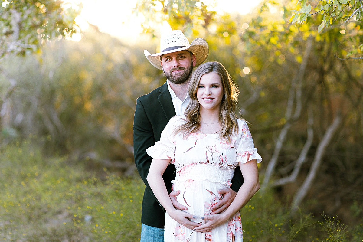 maternity-photo-session-lavernia-texas-carly-barton-photography_0039.jpg
