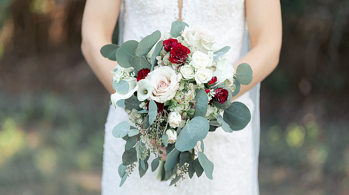Navy-Burgundy-Blush-Texas-Wedding-Oak-Valley-Vineyards-New-Braunfels-Carly-Barton-Photography_0131.jpg