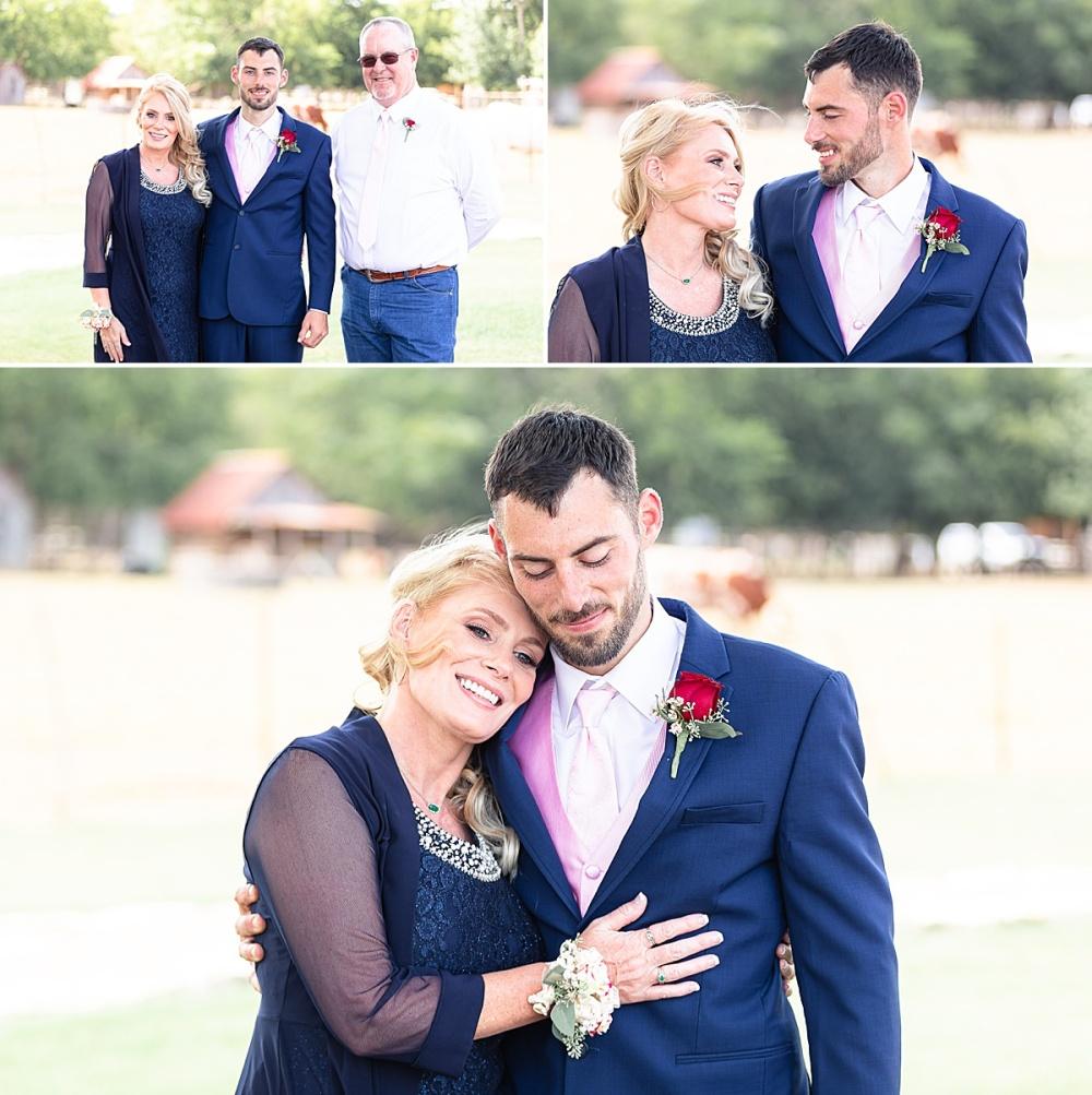 Navy-Burgundy-Texas-Wedding-Gruene-Estate-New-Braunfels-Carly-Barton-Photography_0030.jpg
