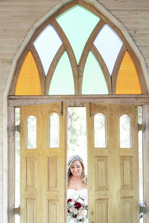 Navy-Burgundy-Texas-Wedding-Gruene-Estate-New-Braunfels-Carly-Barton-Photography_0043.jpg