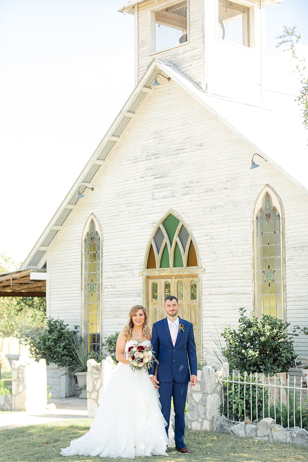 Navy-Burgundy-Texas-Wedding-Gruene-Estate-New-Braunfels-Carly-Barton-Photography_0053.jpg