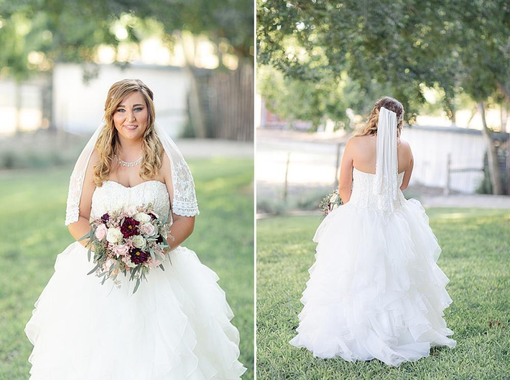 Navy-Burgundy-Texas-Wedding-Gruene-Estate-New-Braunfels-Carly-Barton-Photography_0061.jpg