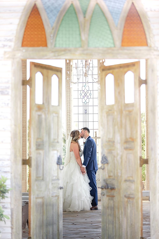 Navy-Burgundy-Texas-Wedding-Gruene-Estate-New-Braunfels-Carly-Barton-Photography_0076.jpg