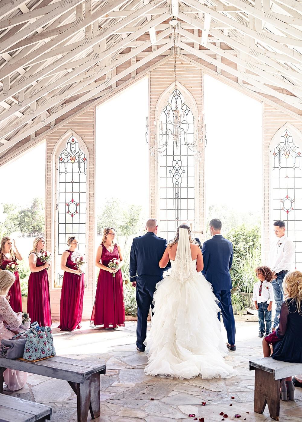 Navy-Burgundy-Texas-Wedding-Gruene-Estate-New-Braunfels-Carly-Barton-Photography_0077.jpg