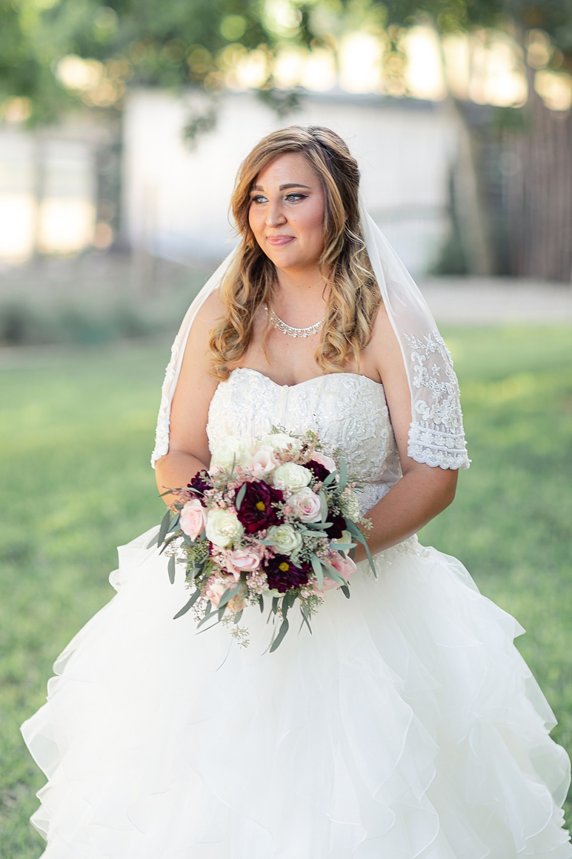 Navy-Burgundy-Texas-Wedding-Gruene-Estate-New-Braunfels-Carly-Barton-Photography_0081.jpg