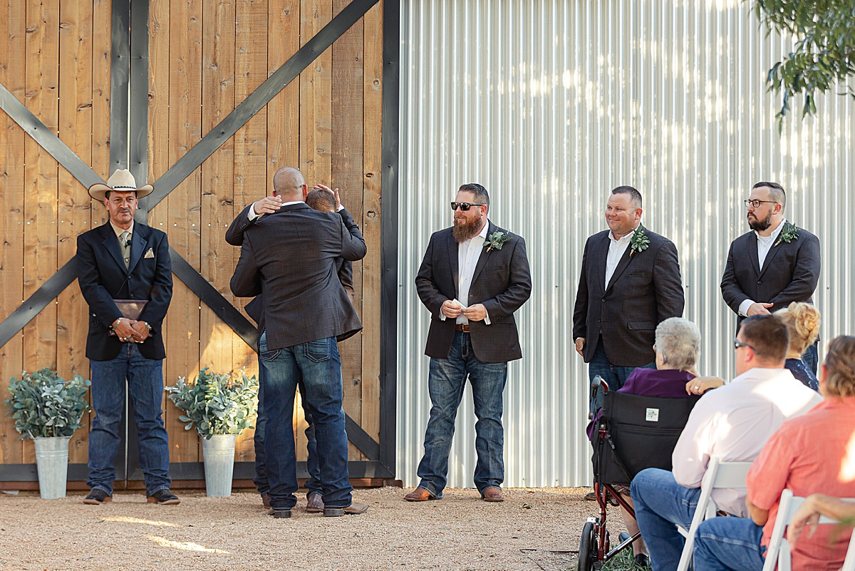 Rustic-Texas-Wedding-Hollow-Creek-Ranch-Carly-Barton-Photography_0127.jpg