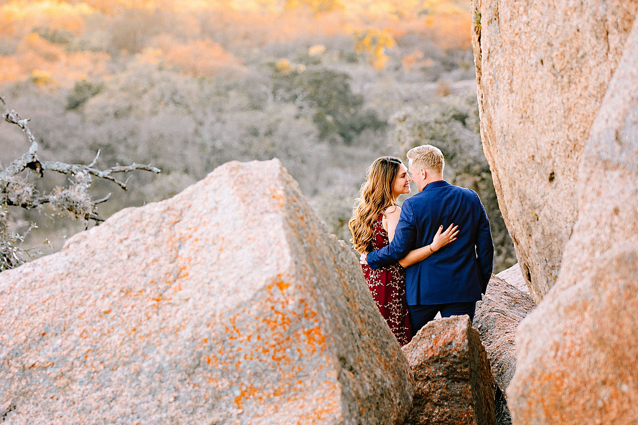 Carly-Barton-Photography-Texas-Wedding-Photographer-Enchanted-Rock-State-Park_0019.jpg