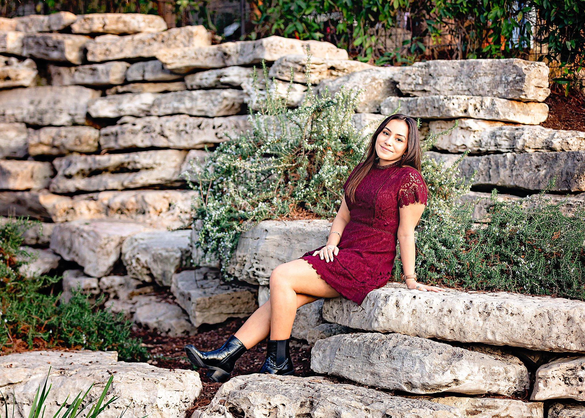 Carly-Barton-Photography-Texas-Photographer-High-School-Senior-Photos-The-Historic-Pearl-San-Antonio_0025.jpg