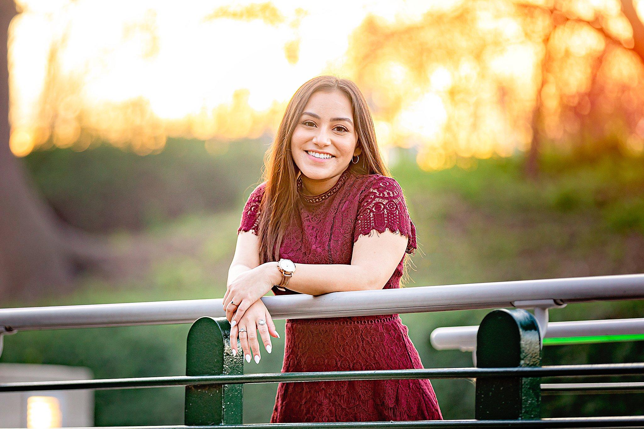 Carly-Barton-Photography-Texas-Photographer-High-School-Senior-Photos-The-Historic-Pearl-San-Antonio_0026.jpg