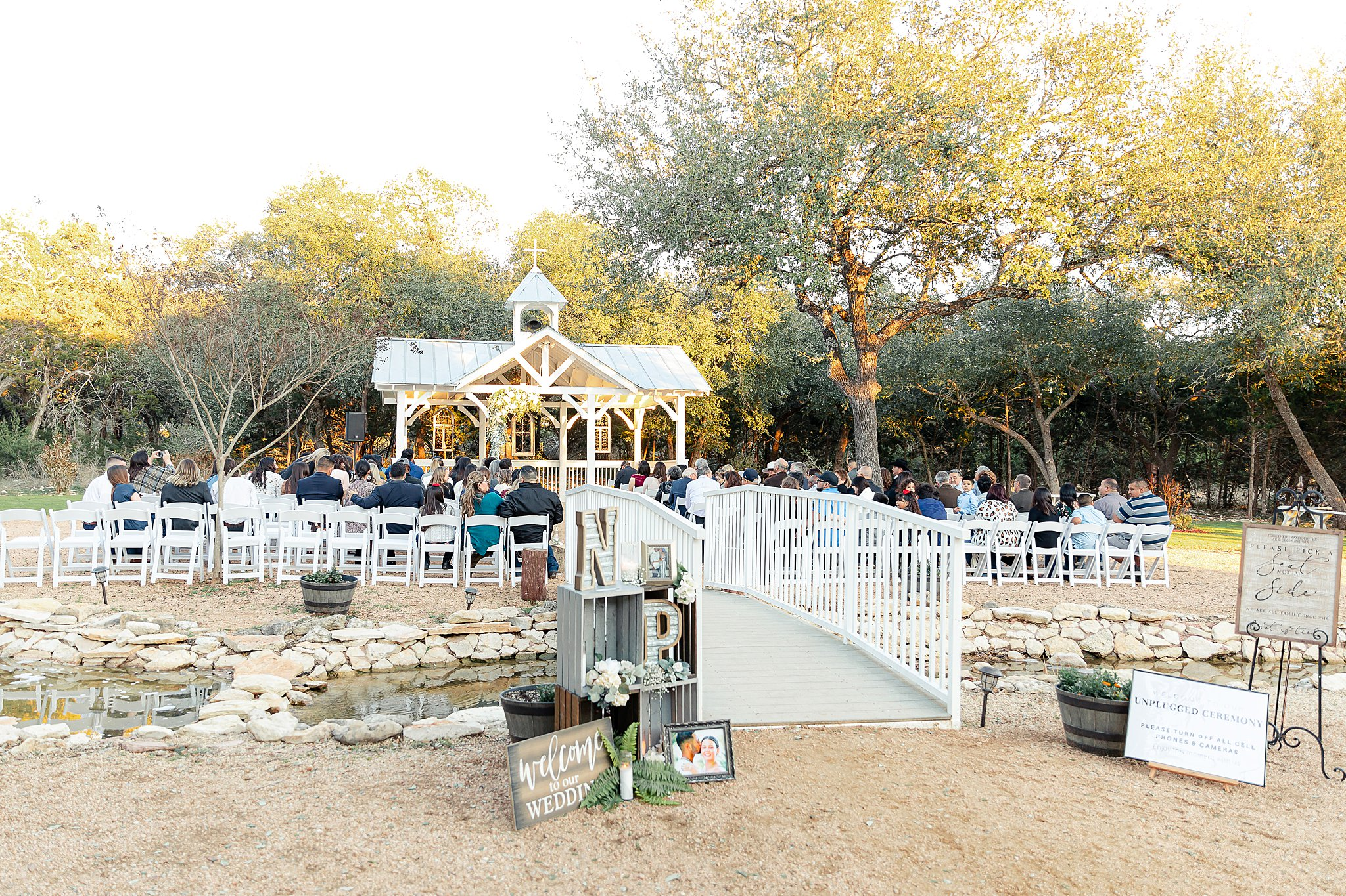 Carly-Barton-Photography-Texas-Wedding-Photographer-Western-Sky-Wedding-Event-Venue-Emerald-Green-Theme_0021.jpg