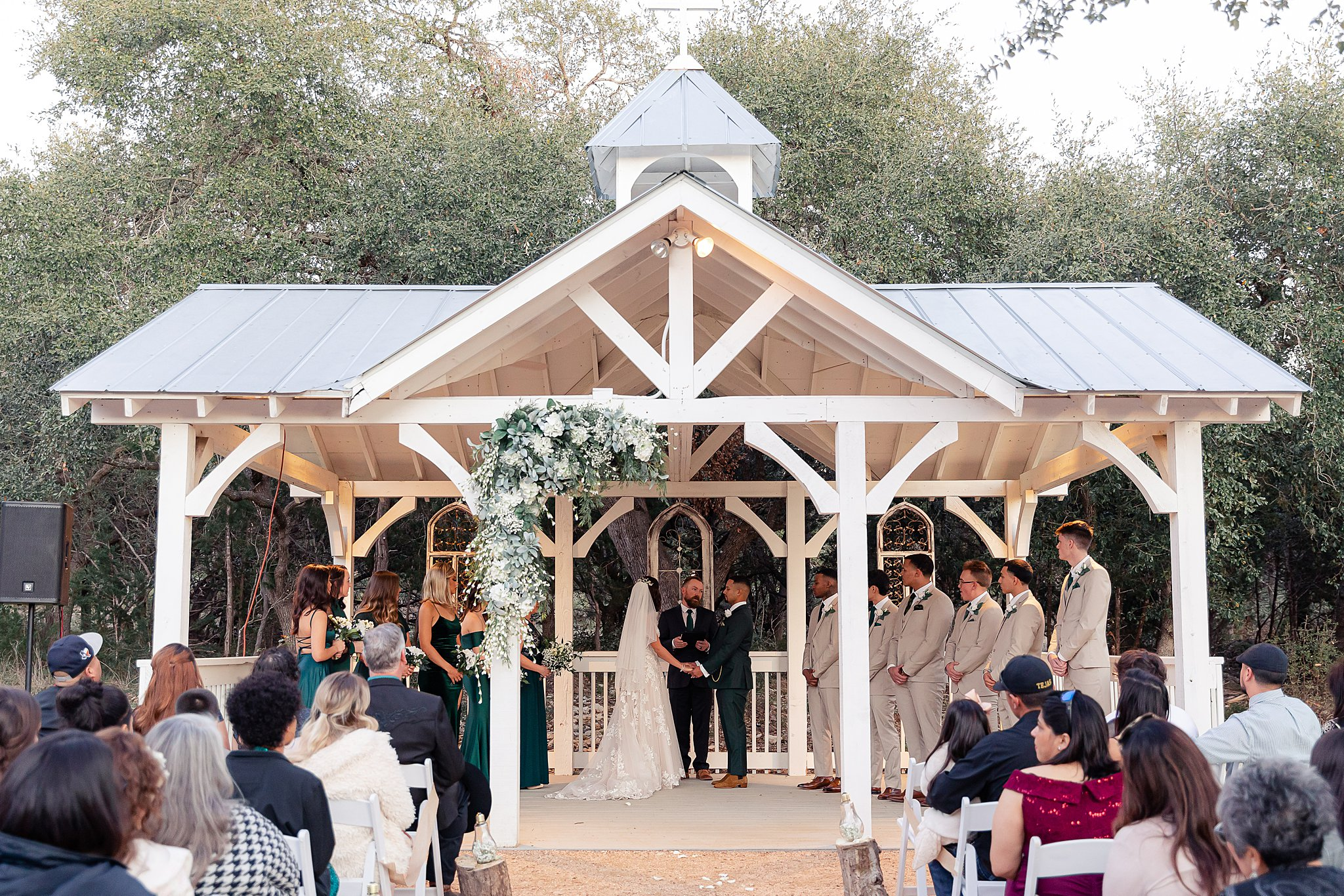 Carly-Barton-Photography-Texas-Wedding-Photographer-Western-Sky-Wedding-Event-Venue-Emerald-Green-Theme_0040.jpg
