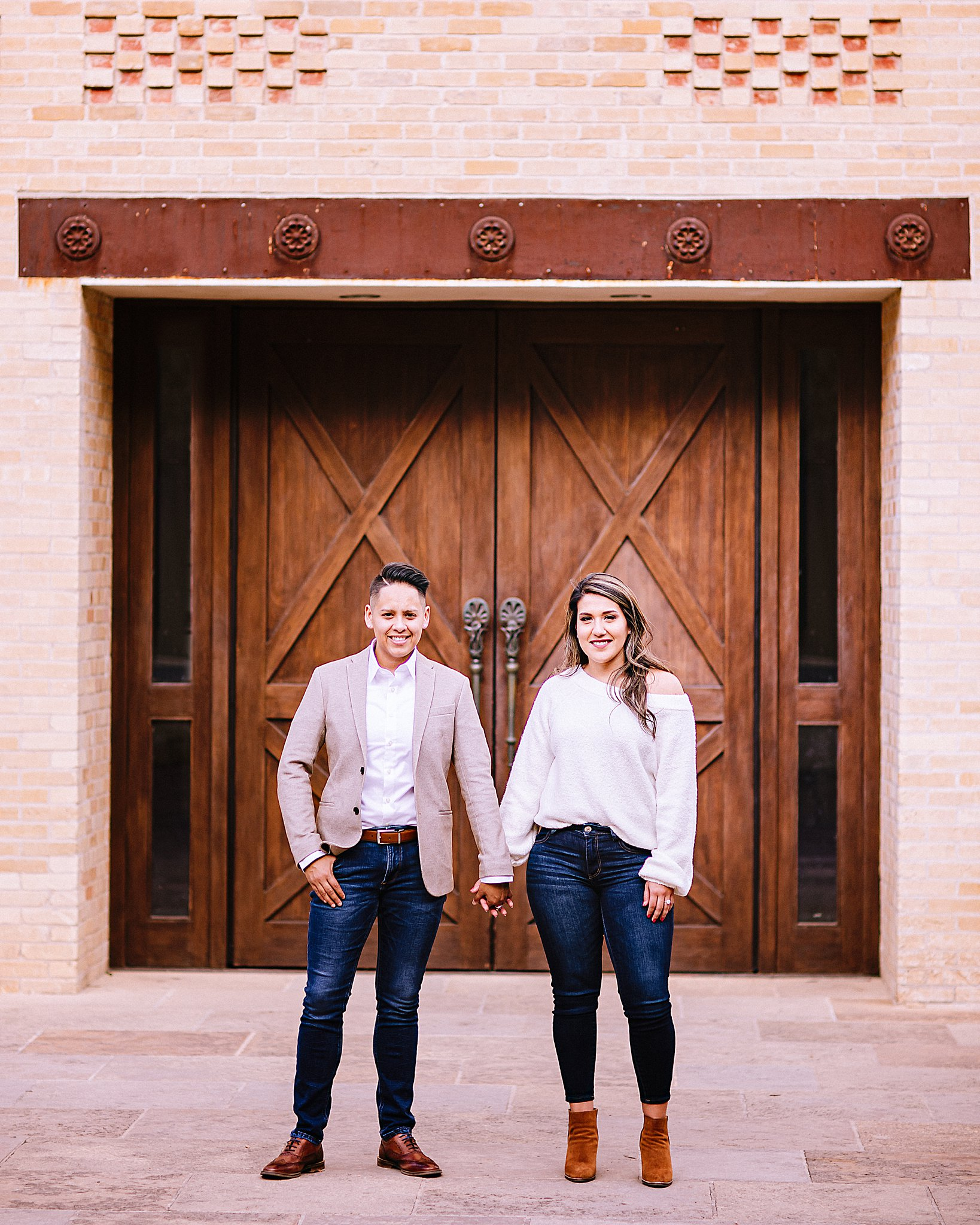 Carly-Barton-Photography-Texas-Engagement-Photographer-The-Historic-Pearl-San-Antonio_0013.jpg