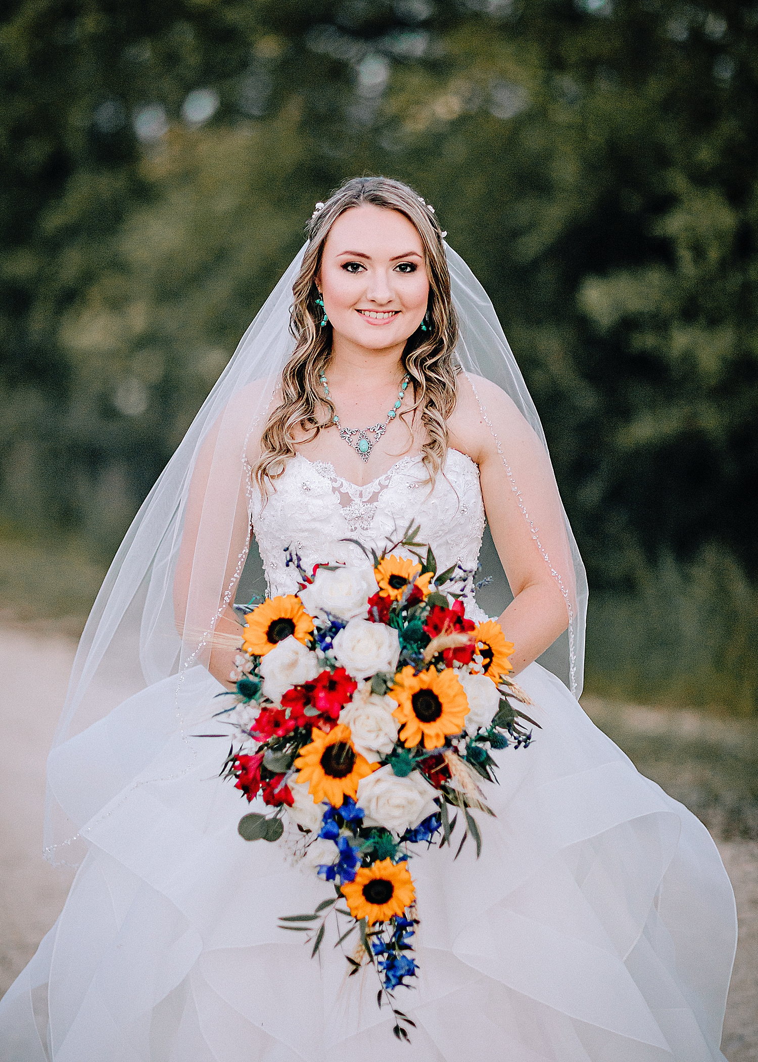 Carly-Barton-Photography-Texas-Bridals-Boerne-Rustic-Wedding-Photos_0021.jpg