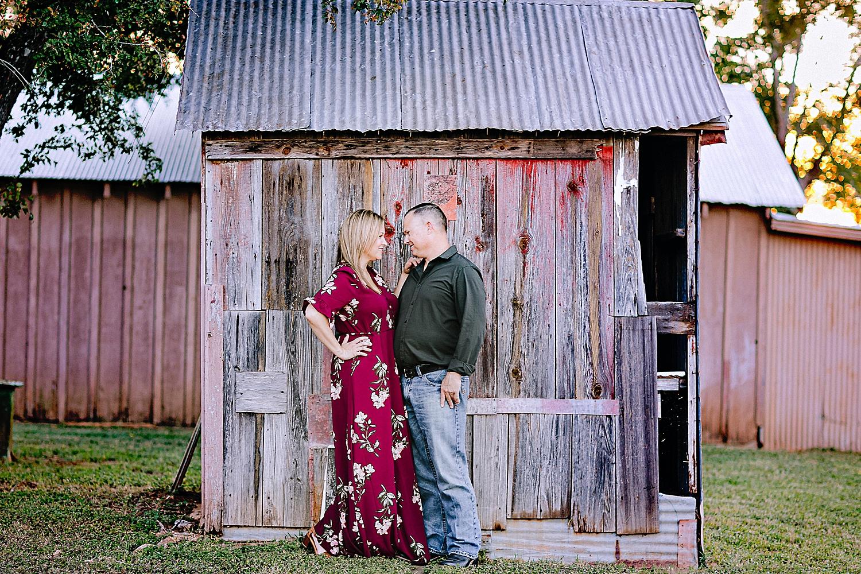 Carly-Barton-Photography-La-Vernia-Texas-Engagement-Photos-Sunset_0010.jpg