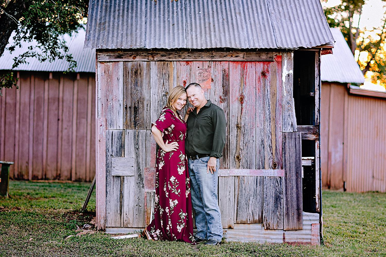 Carly-Barton-Photography-La-Vernia-Texas-Engagement-Photos-Sunset_0012.jpg