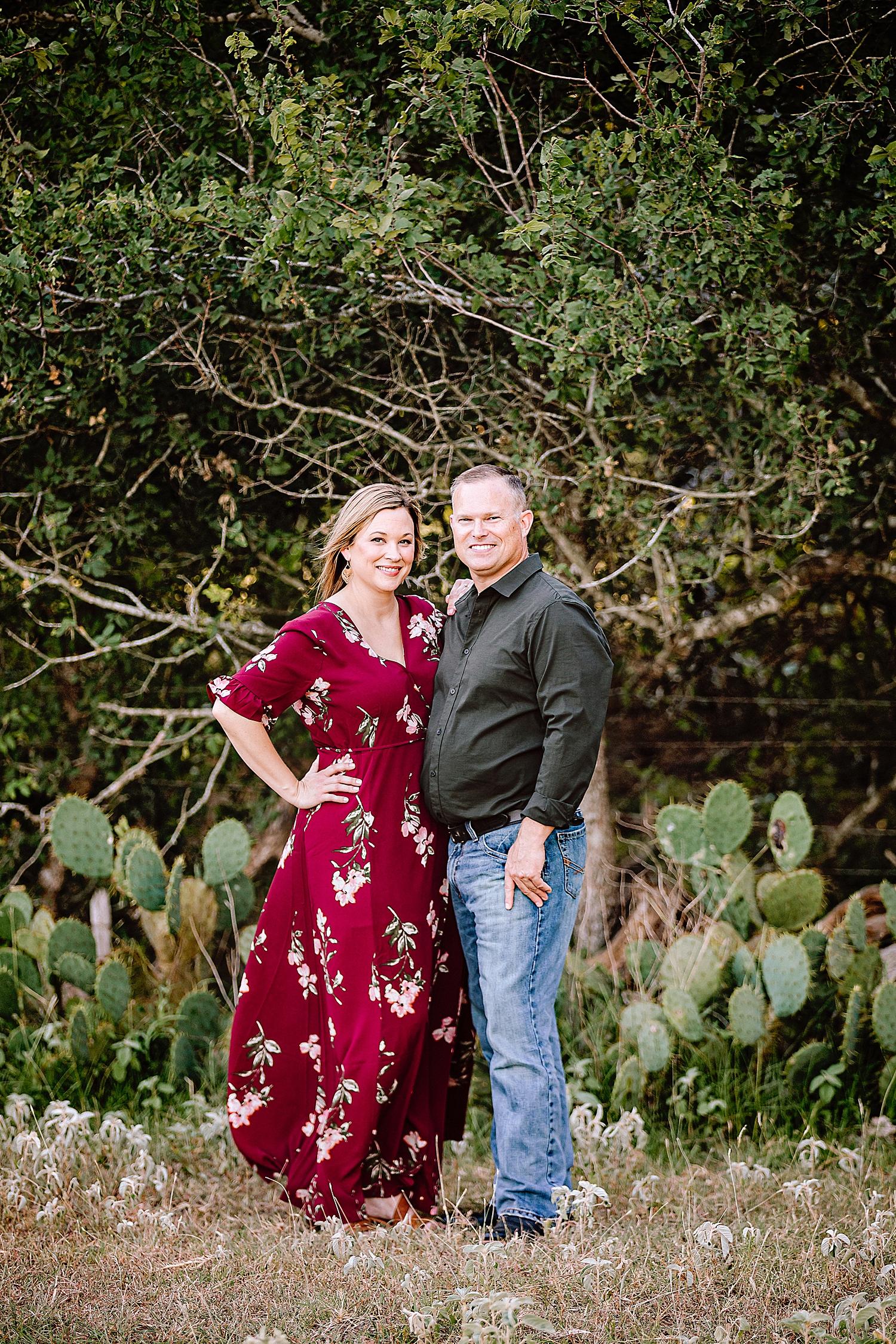 Carly-Barton-Photography-La-Vernia-Texas-Engagement-Photos-Sunset_0024.jpg