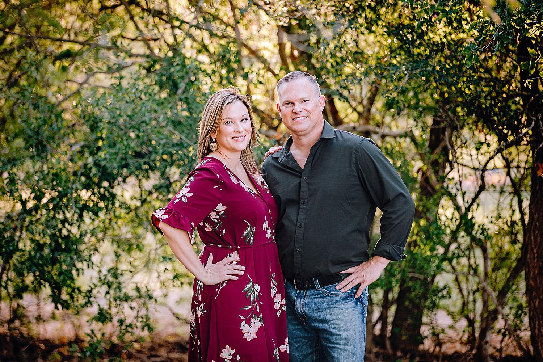 Carly-Barton-Photography-La-Vernia-Texas-Engagement-Photos-Sunset_0026.jpg