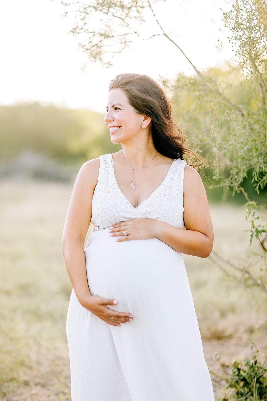 Carly-Barton-Photography-Kenedy-Texas-Maternity-Photos-Sunset-Family_0006.jpg