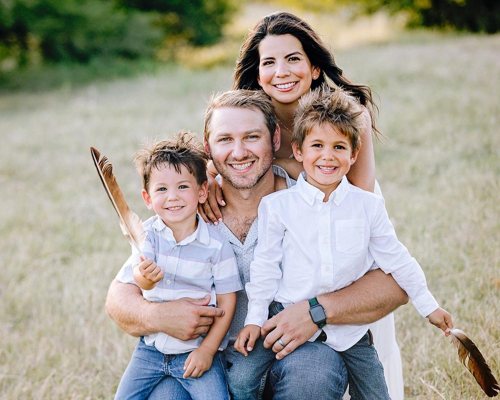 Carly-Barton-Photography-Kenedy-Texas-Maternity-Photos-Sunset-Family_0023.jpg