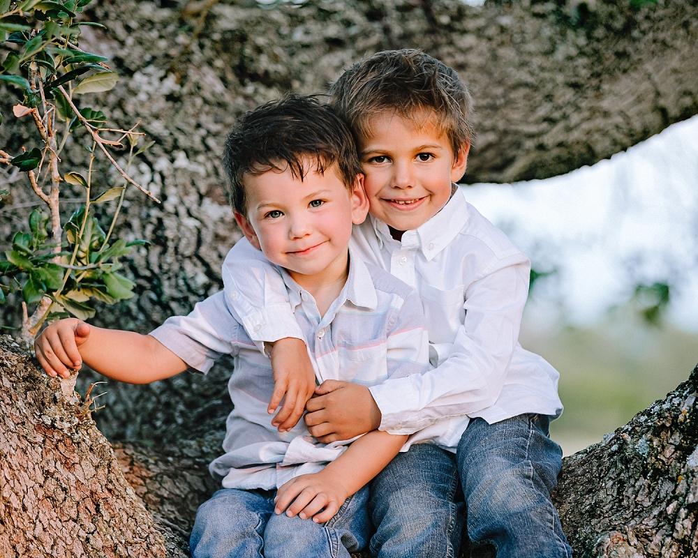 Carly-Barton-Photography-Kenedy-Texas-Maternity-Photos-Sunset-Family_0027.jpg