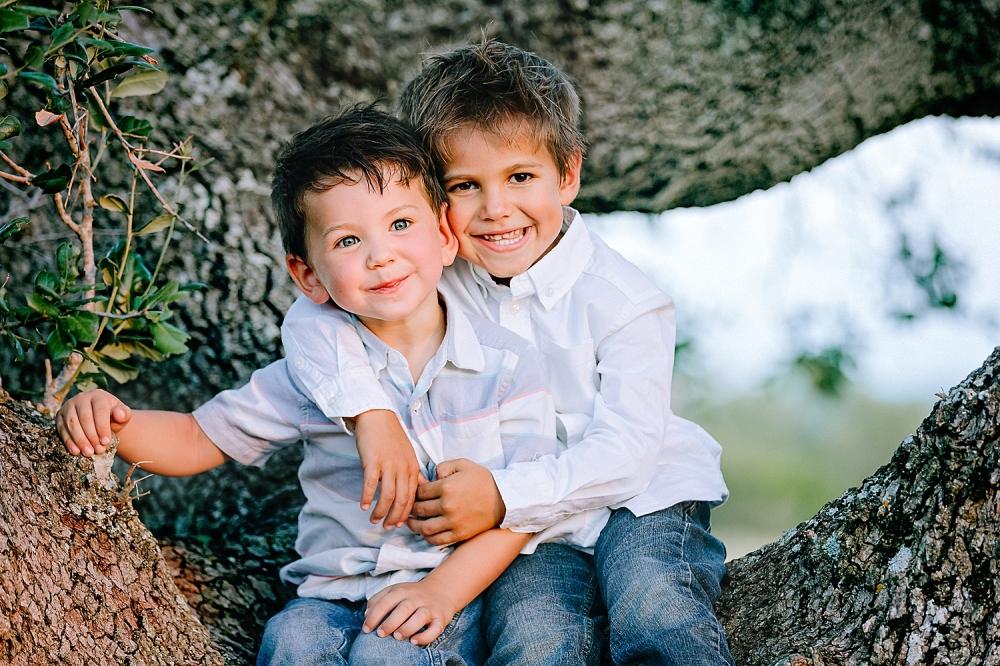 Carly-Barton-Photography-Kenedy-Texas-Maternity-Photos-Sunset-Family_0028.jpg