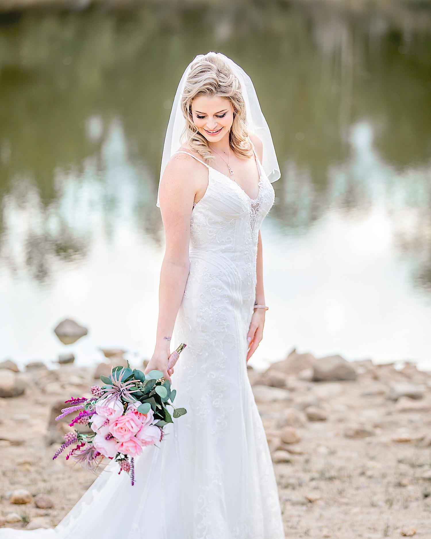 Carly-Barton-Photography-Rocky-Mountain-National-Park-Estes-Park-Wedding-Elopement_0013.jpg