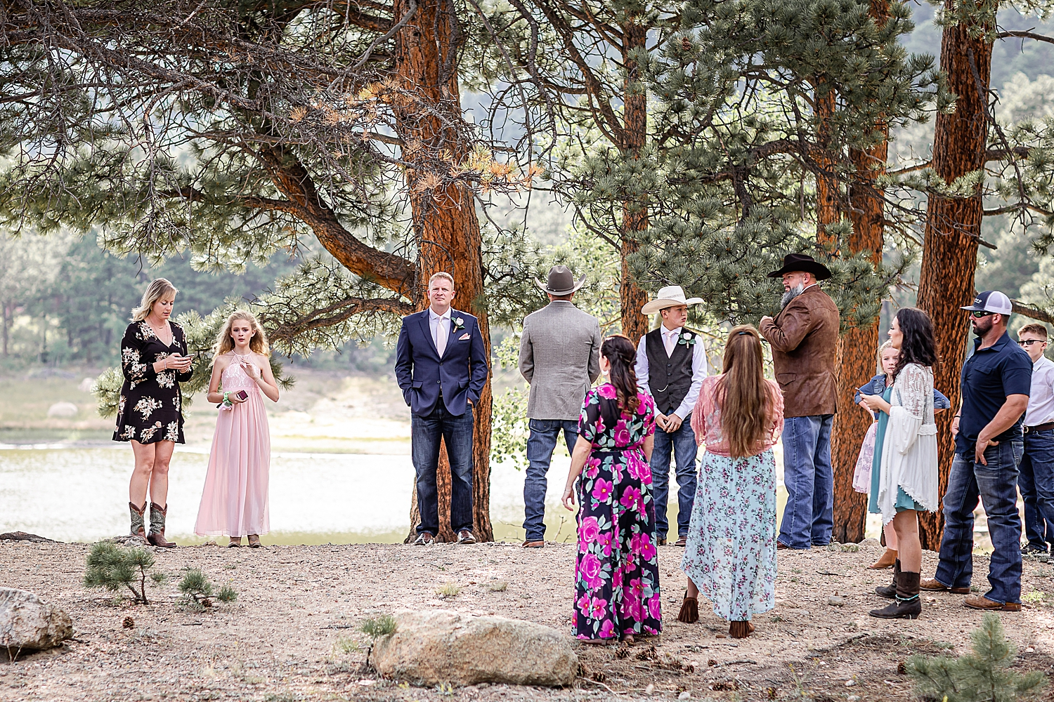 Carly-Barton-Photography-Rocky-Mountain-National-Park-Estes-Park-Wedding-Elopement_0099.jpg