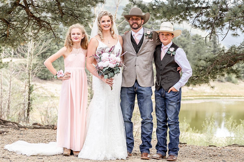Carly-Barton-Photography-Rocky-Mountain-National-Park-Estes-Park-Wedding-Elopement_0127.jpg