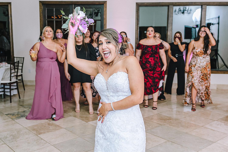 Carly-Barton-Photography-The-Villa-at-Cielo-Vista-Blush-Gold-White-Wedding-Photos_0038.jpg
