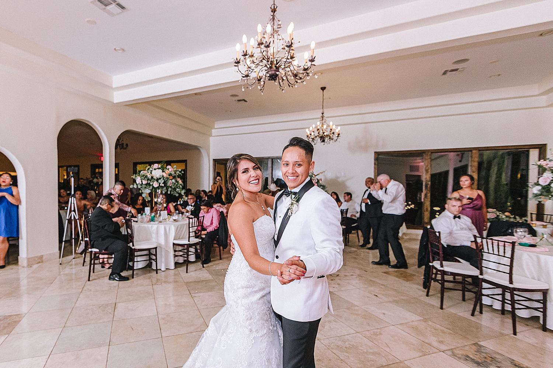 Carly-Barton-Photography-The-Villa-at-Cielo-Vista-Blush-Gold-White-Wedding-Photos_0063.jpg