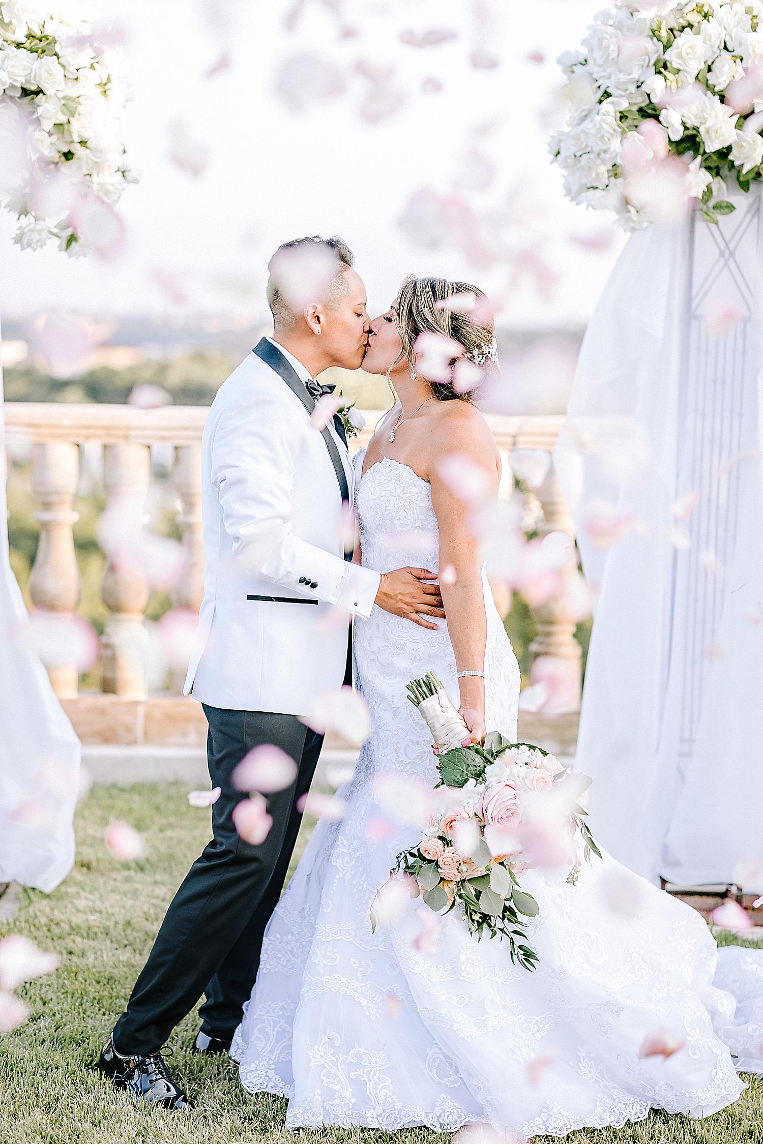 Carly-Barton-Photography-The-Villa-at-Cielo-Vista-Blush-Gold-White-Wedding-Photos_0153.jpg