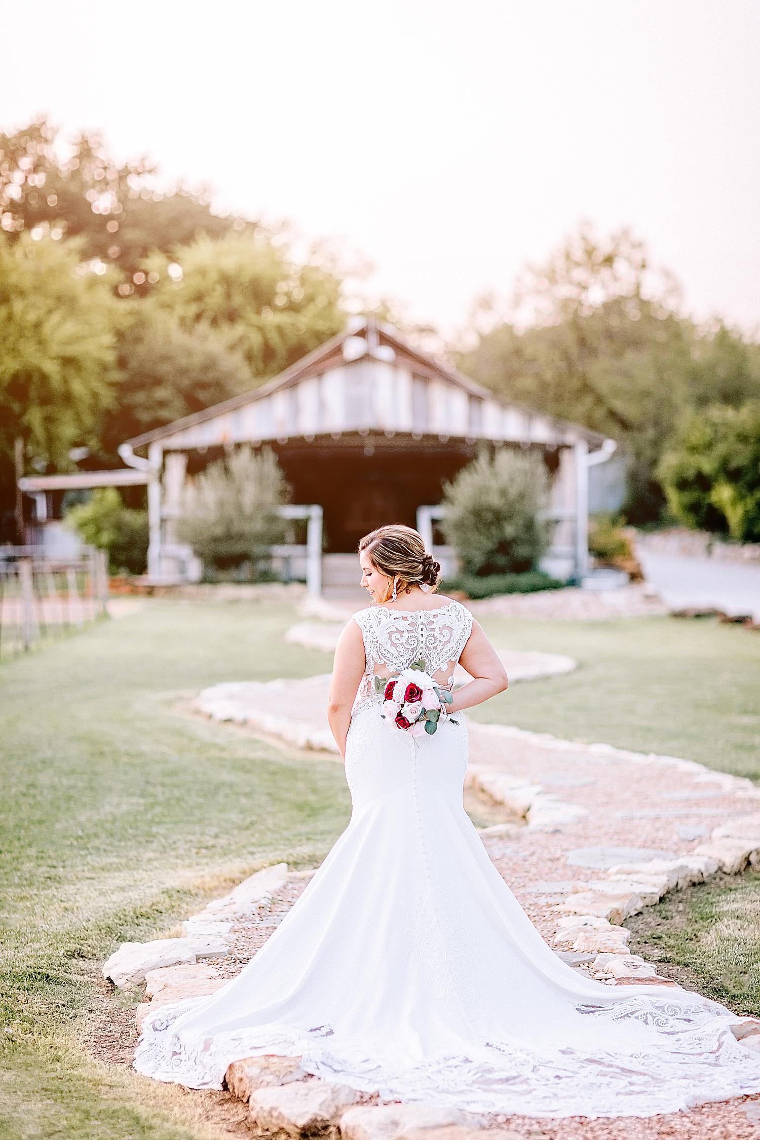 Carly-Barton-Photography-Gruene-Estate-Wedding-Photographer-New-Braunfels-Texas-Bridal-Session_0024.jpg