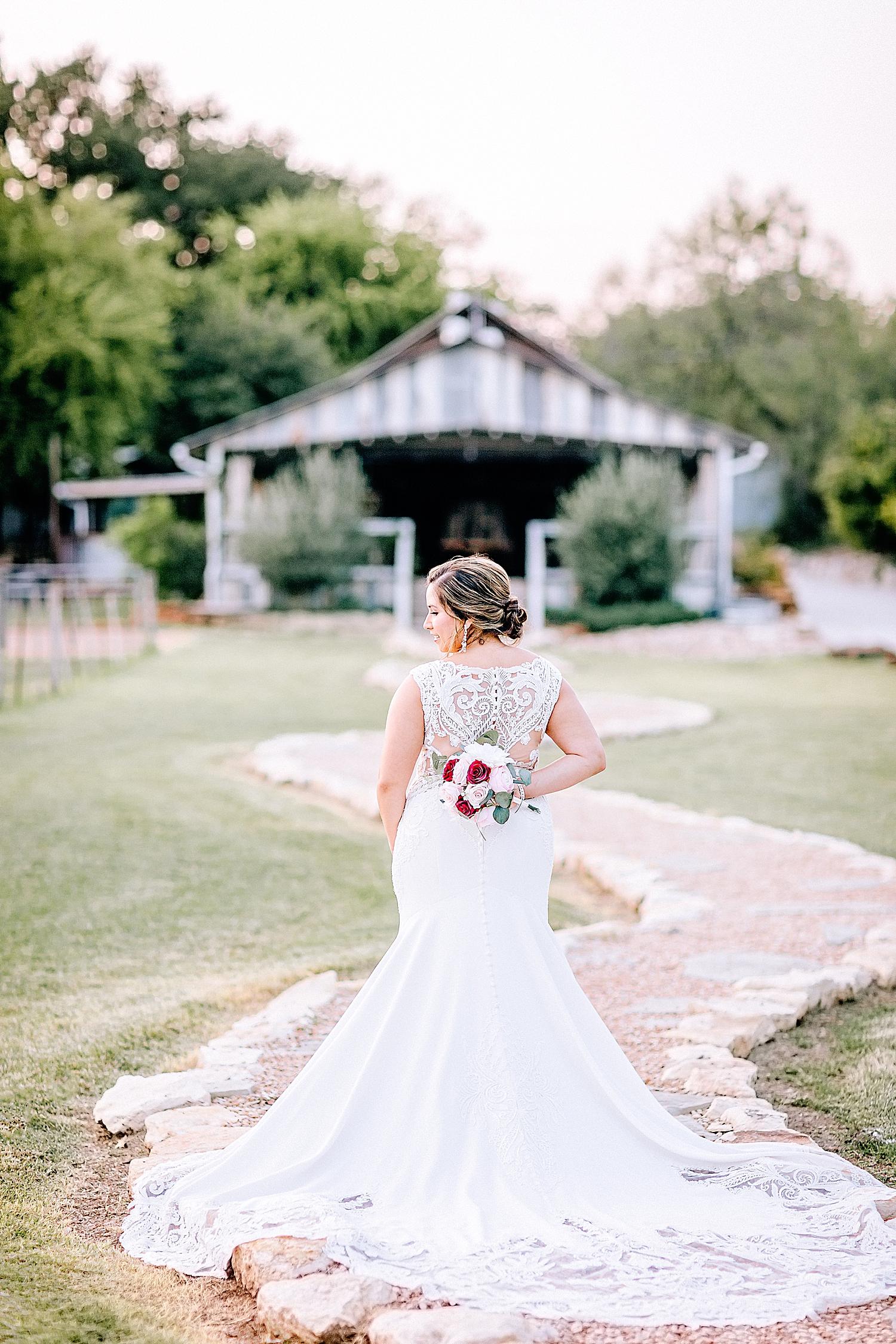 Carly-Barton-Photography-Gruene-Estate-Wedding-Photographer-New-Braunfels-Texas-Bridal-Session_0025.jpg