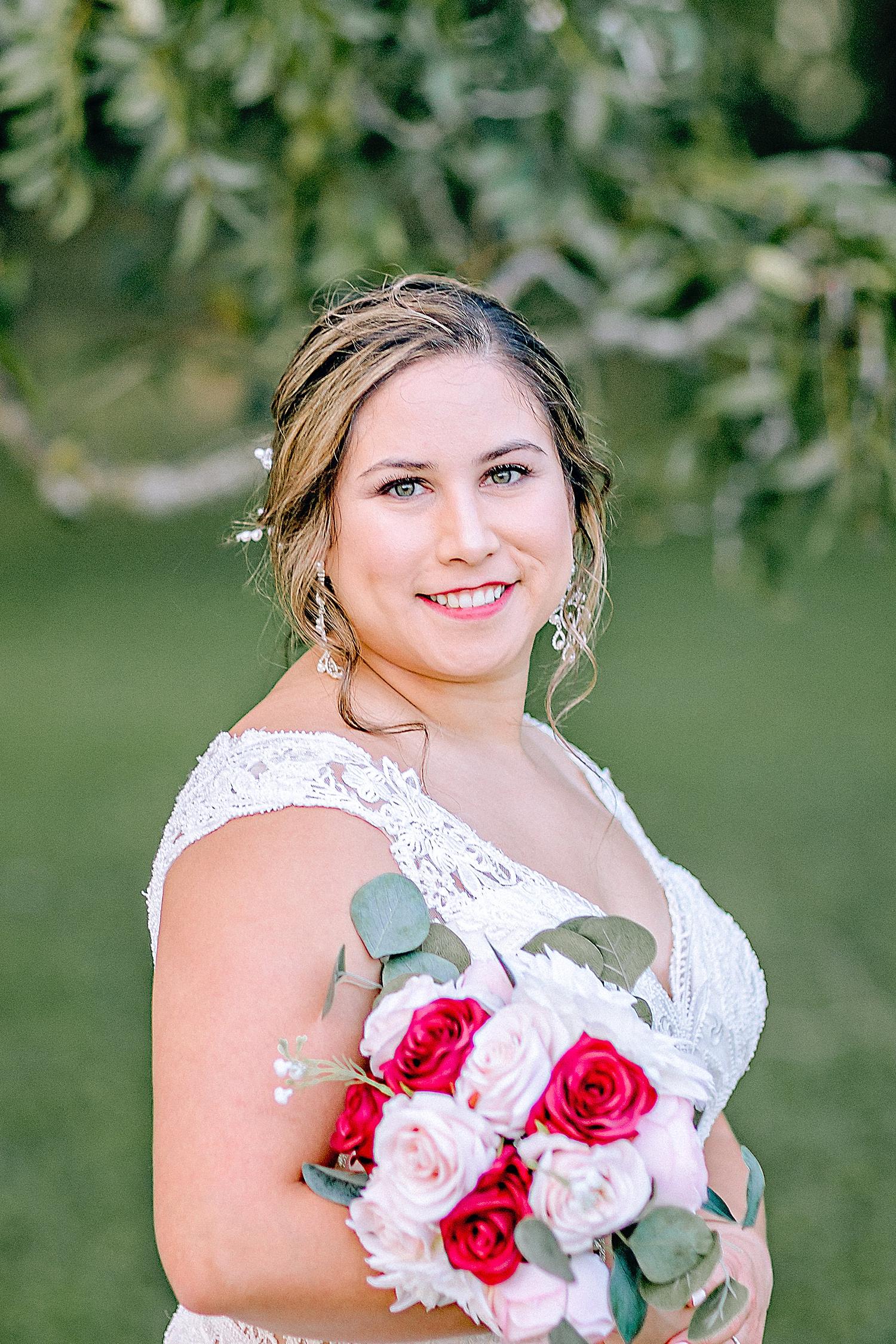 Carly-Barton-Photography-Gruene-Estate-Wedding-Photographer-New-Braunfels-Texas-Bridal-Session_0028.jpg