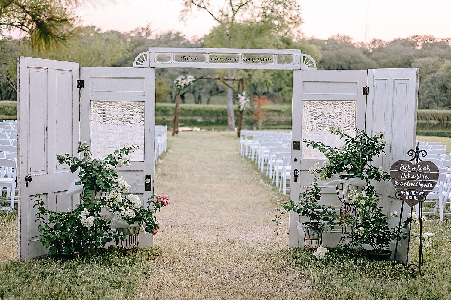 Rackler-Ranch-LaVernia-Texas-Wedding-Carly-Barton-Photography_0065.jpg